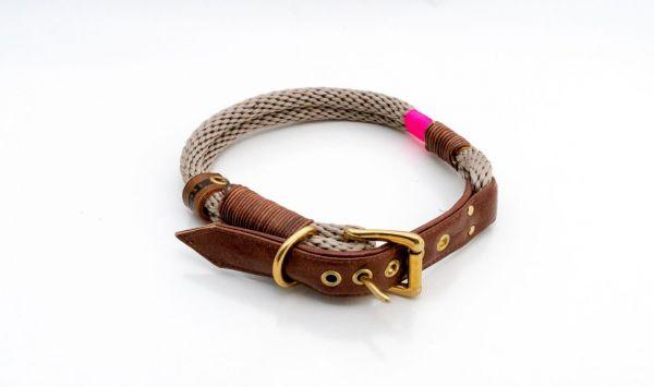 ELBband Halsband Schnalle Magpie.Bisquit middle, Wickel Leder-hotpink messing Gr. 42,5 - 45,5 cm
